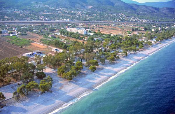 Παραλία Άγιων Θεοδώρων, Κορινθία